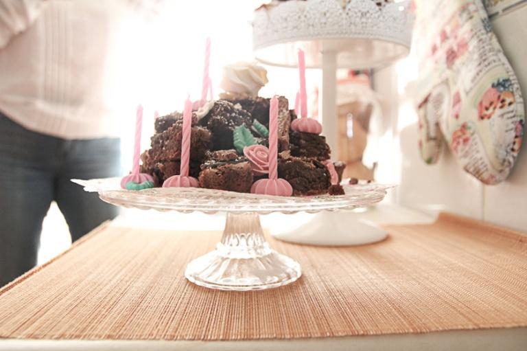 instagram-photographer-specialist-foodphotography-cake-brownie-summer