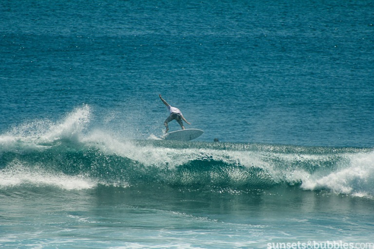 instagram-photographer-specialist-slr-canon-surf-shots-bali-uluwatu