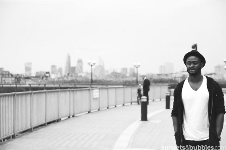 instagram-photographer-specialist-london-blackandwhite-canarywharf-portait