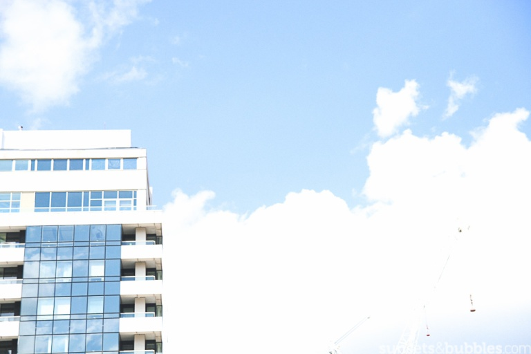 instagram-photographer-specialist-london-vauxhall-building-blue-sky-panoramic