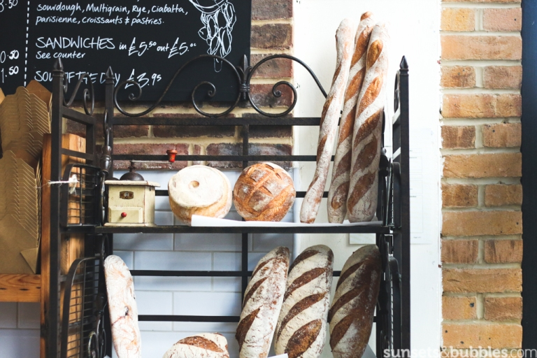 instagram-photographer-specialist-dalston-london-foodphotography-brunchplace-caferoute-baguettes